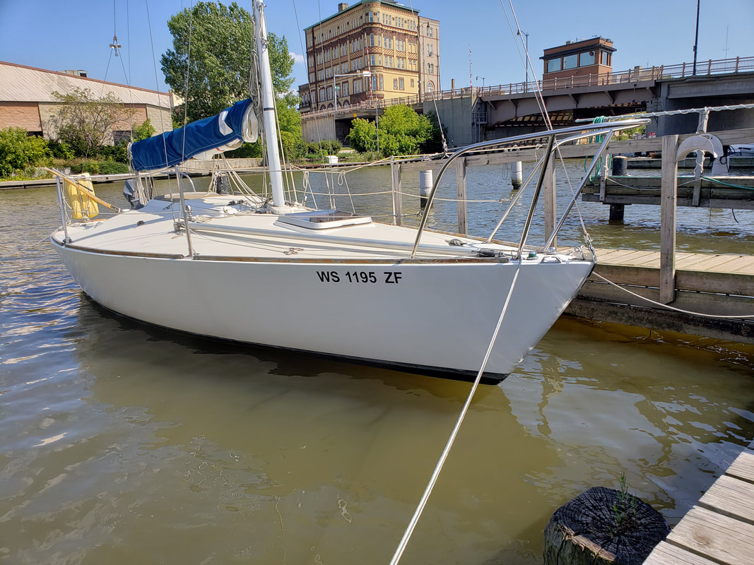Boat Graphic Application Installation Racine Wisconsin